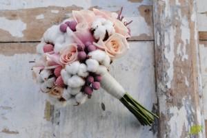 Ramo invierno con flor algodón